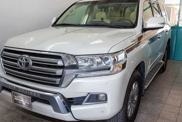 Used 2016 Land Cruiser GXR